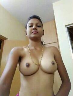 Kiara Advani private photos leaked nude boobs and nipple