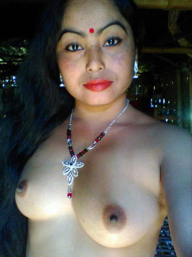 Athulya Ravi sex nude naked photos