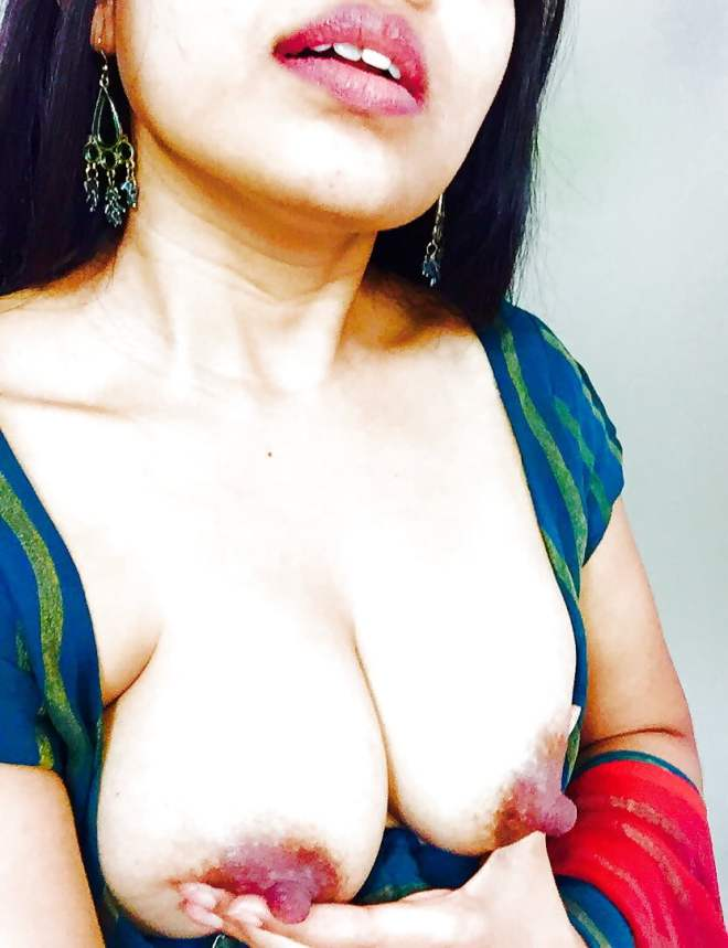 Maryam Zakaria cute boobies big nipples sexy curves hot woman
