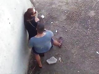busted couple fucking casal metendo no meio da rua 17