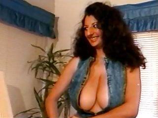 Nikkin King busty arabian vintage pornstar