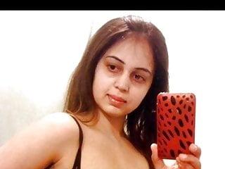 indian bhabhi take selfie for boyfriend