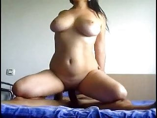Punjabi milf bounces on shaft