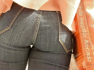 Sweet Tight Teen 19Yr Old At Mall