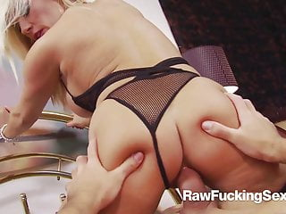 Uncooked Fucking Intercourse – Michelle Thorne POV Bang With Stranger