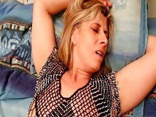 Lisa Sparrow Slut Fuckmeat Vagina Fist Fucked to Squirt
