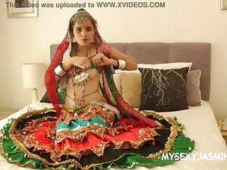 Gujrati Desi classmate cutie Jasmine strip