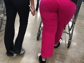 Milf Jiggly booty vpl