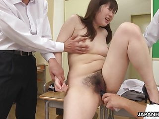 JAV trainer, Hanaho had wild group intercourse, uncensored