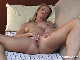 Yanks Blondie Skyla's Creamy Cum