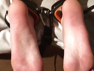21 yo Latina Wiggles toes Dimension 9