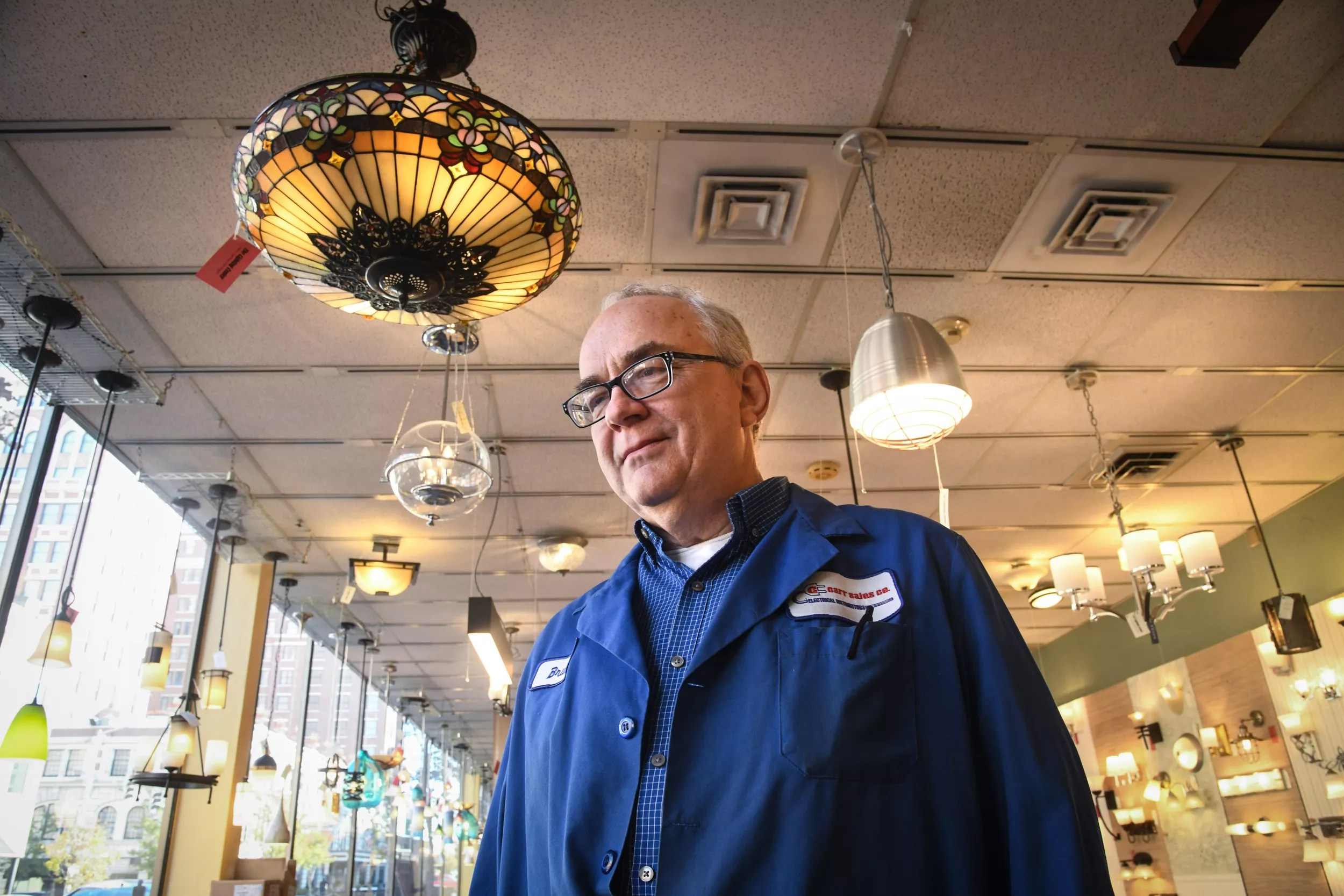lighting store carr sales