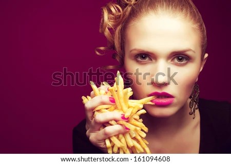 https://i2.wp.com/thumb1.shutterstock.com/display_pic_with_logo/1167269/161094608/stock-photo-unhealthy-eating-junk-food-concept-portrait-of-fashionable-young-woman-holding-eating-fried-161094608.jpg
