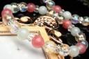 水晶オーラクリスタルx翡翠xインカローズ キラキラ クリスマスカラー 当店オリジナルブレス_A1038