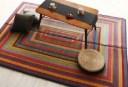 純国産ラインデザインい草ラグ 裏地あり (幅×高さ 140×200cm)(メインカラー ブラウン) 茶