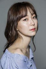 profile image of Lee Yoo-young