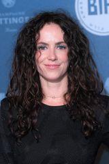 profile image of Amy Manson
