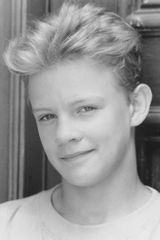 profile image of Simon Fenton