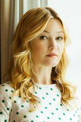 profile image of Julia Stiles