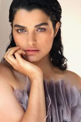 profile image of Eve Harlow