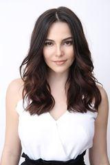profile image of Tainá Müller