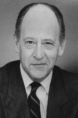 profile image of Earl Boen
