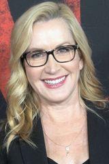 profile image of Angela Kinsey
