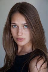 profile image of Lola Kirke