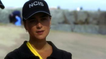 NCIS - Lost At Sea Online S10E04