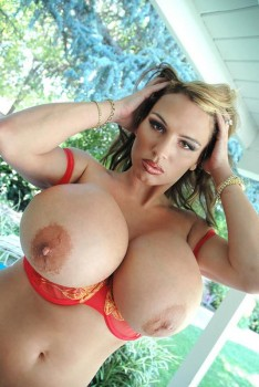 extreme morphed tits