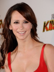 Upskirt jennifer love hewitt Jennifer Aniston