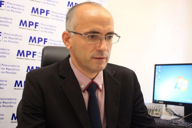 jose godoy walla santos 2 - MPF quer nova verificação de aprovados pelas cotas em concursos públicos da UFPB e IFPB