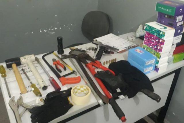 assalto   hipermercado   cg - Suspeitos são presos após fazer vigilante refém em tentativa de assalto a hipermercado