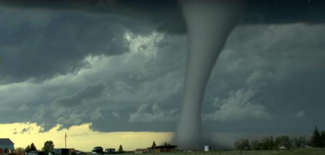 Photogenic Monster Tornado Caught Ripping Up Wyoming For An Hour Near Laramie