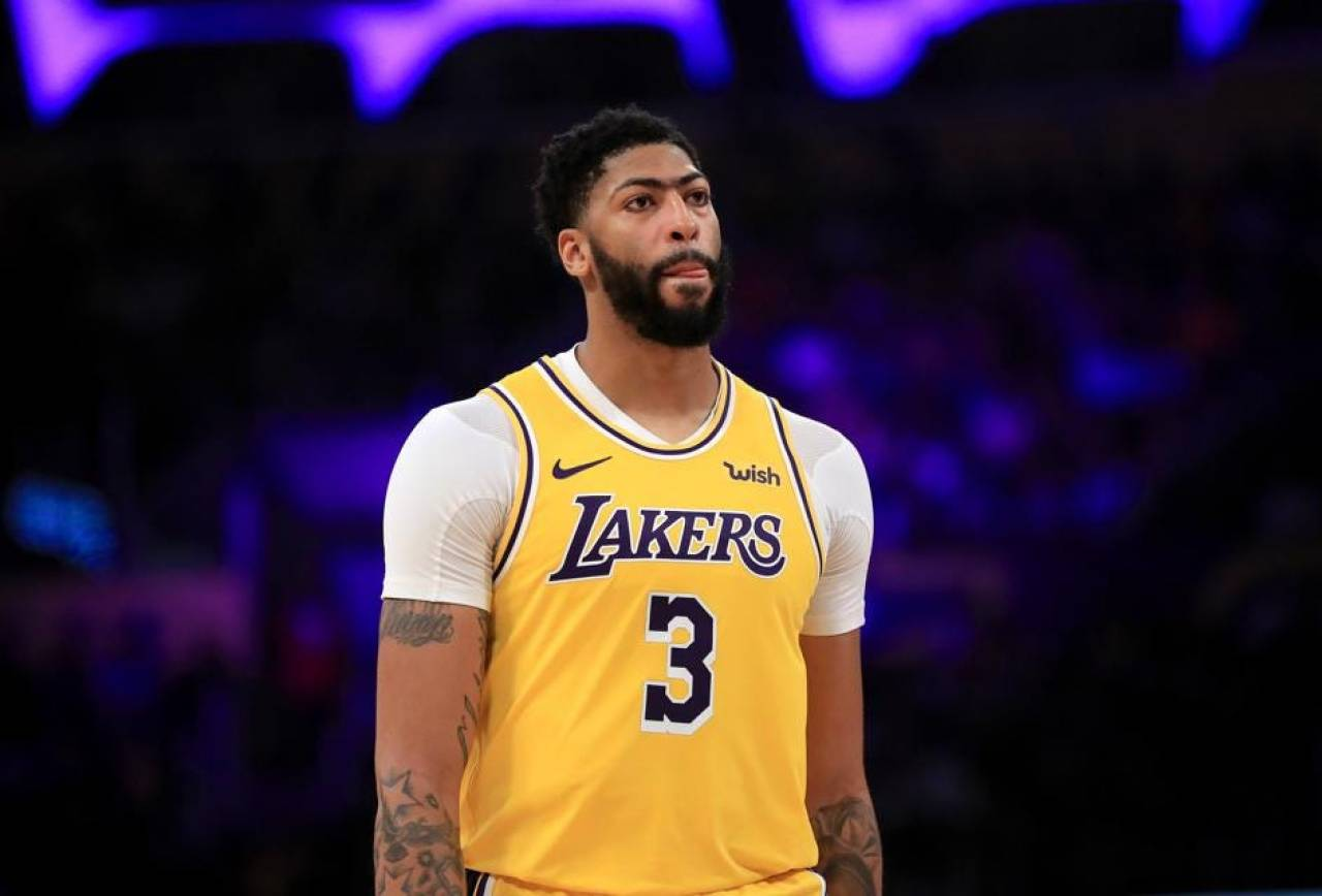 NBA roundup: Davis leads Lakers in New Orleans return