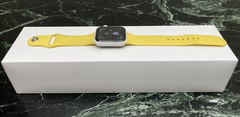 Apple Watch Series 5 in ceramic finish.