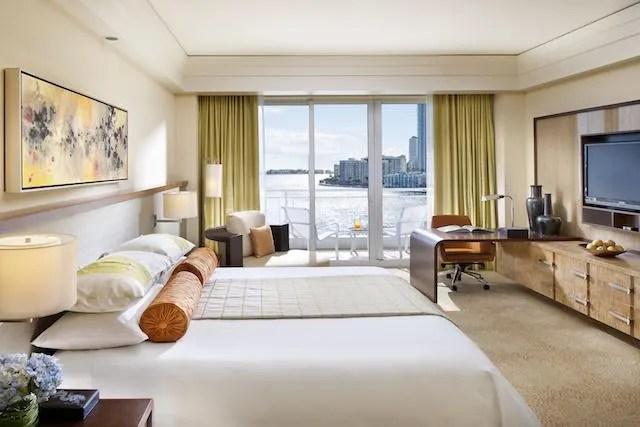 Deluxe Bay View Guestroom