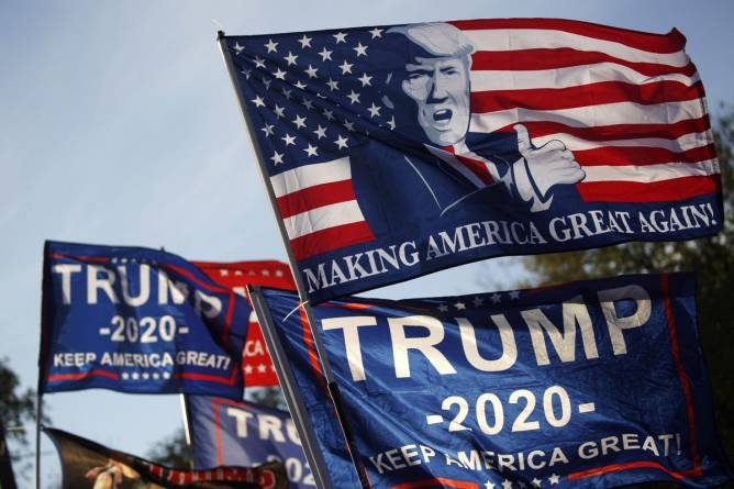 Free 'Trump 2020' Yard Flags On Offer In New Cybercrime Campaign
