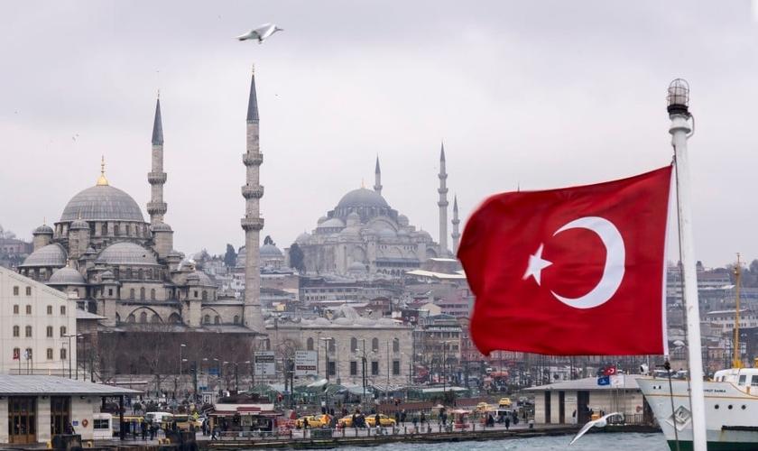 Turquia proíbe obreiros cristãos de trabalharem em atividades religiosas no país. (Foto: Reprodução/Internet)