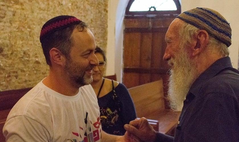 Rabino Gilberto Ventura, que dirige a Sinagoga Sem Fronteiras. (Foto: Reprodução/ Alexandre Aroeira)