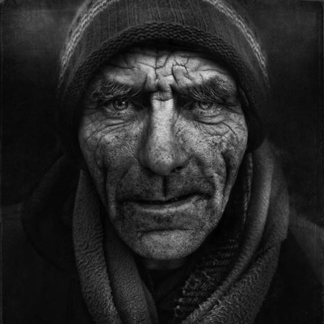 homeless black and white portraits lee jeffries 30 25 Incredibly Detailed Black And White Portraits of the Homeless by Lee Jeffries
