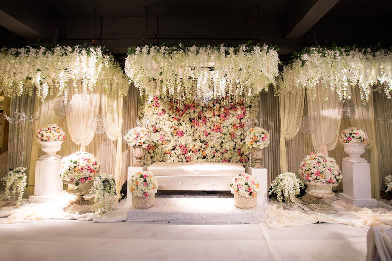 Beautiful Decorated English Theme Wedding Altar Stock