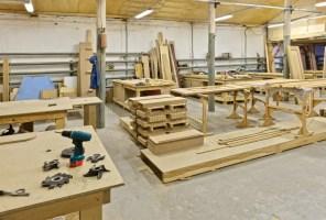 Eine Anlage Für Herstellung Der Möbel Stockfoto   Bild von ...