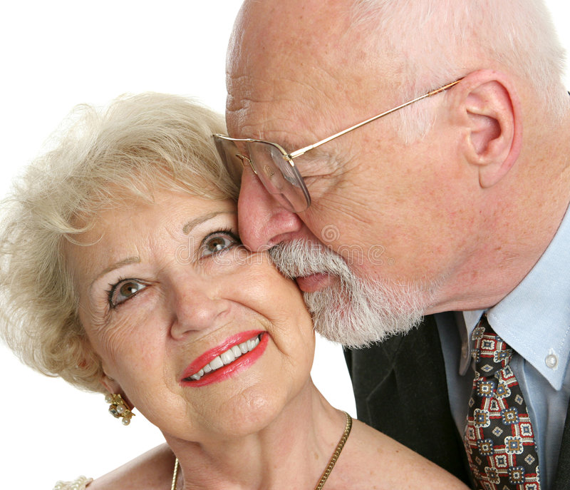 Biggest Dating Online Service For 50 And Over