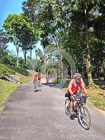 Cycling in Bukit Batok nature park