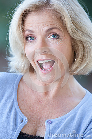 Headshot Of An Actress In Her Fifties Stock Images Image