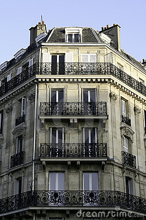 https://i2.wp.com/thumbs.dreamstime.com/x/parisian-apartment-building-5921098.jpg