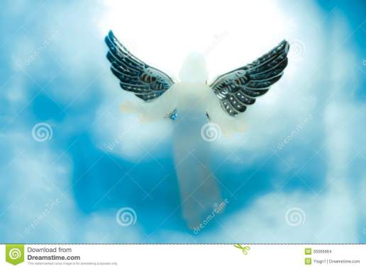 https://i2.wp.com/thumbs.dreamstime.com/z/angel-looking-down-heaven-clouds-around-her-35066964.jpg?resize=516%2C380&ssl=1