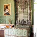 Antique Green Canopy Bed In A Stately Interior Editorial Image Image Of Bedroom Decor 100562230