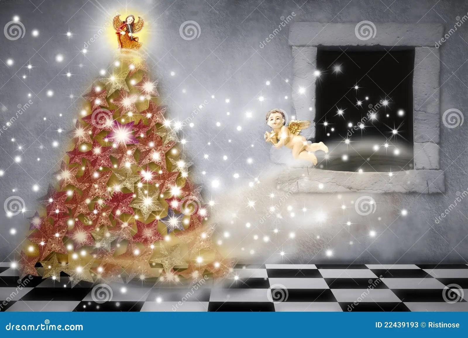 Cartolina Di Natale Angeli Che Decorano Lalbero Immagine